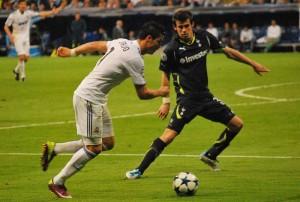 Gareth Bale vs Cristiano Ronaldo Photo: Alejandro Ramos via Wikicommons